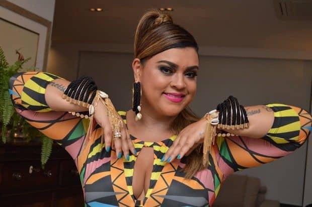Preta Gil tem intoxicação alimentar e cancela show