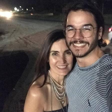 Fátima Bernardes fez doação para campanha do namorado
