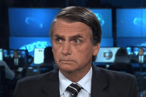 Record planeja contratação de aliado de Jair Bolsonaro