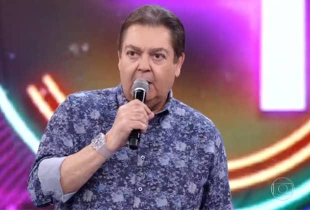 """Globo coloca """"Superman"""" conversando com Faustão; apresentador comenta filme ao vivo"""
