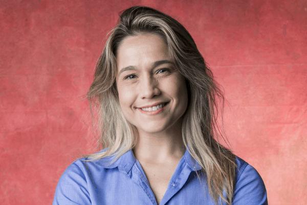 Fernanda Gentil se posiciona na web antes da vitória de Jair Bolsonaro