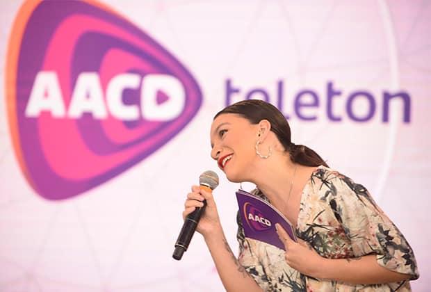 """No """"Teleton"""", Priscila Alcântara comenta sobre possível retorno à TV"""