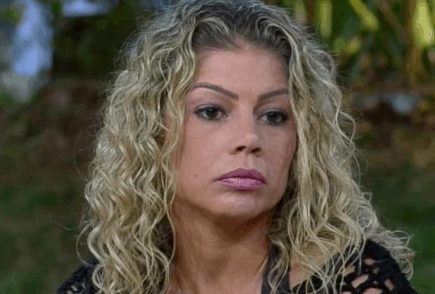 """Catia Paganote fala pela primeira vez após expulsão de """"A Fazenda 10"""""""