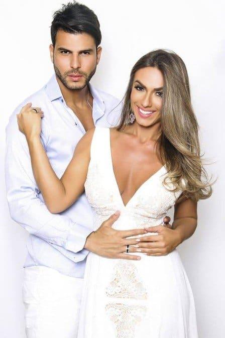 Nicole Bahls se casou com Marcelo Bimbi