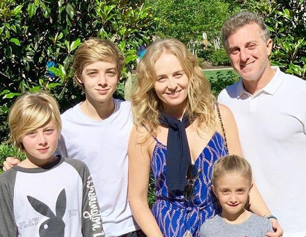Angélica família