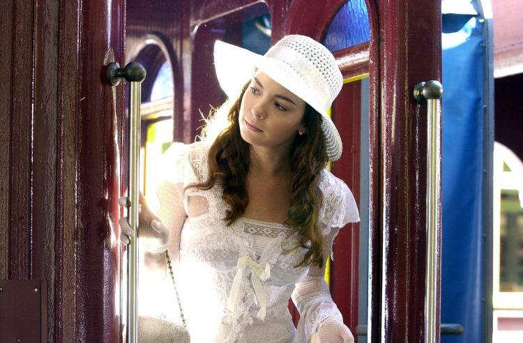 Belinha, de Cabocla, está entre os personagens favoritos de Regiane Alves