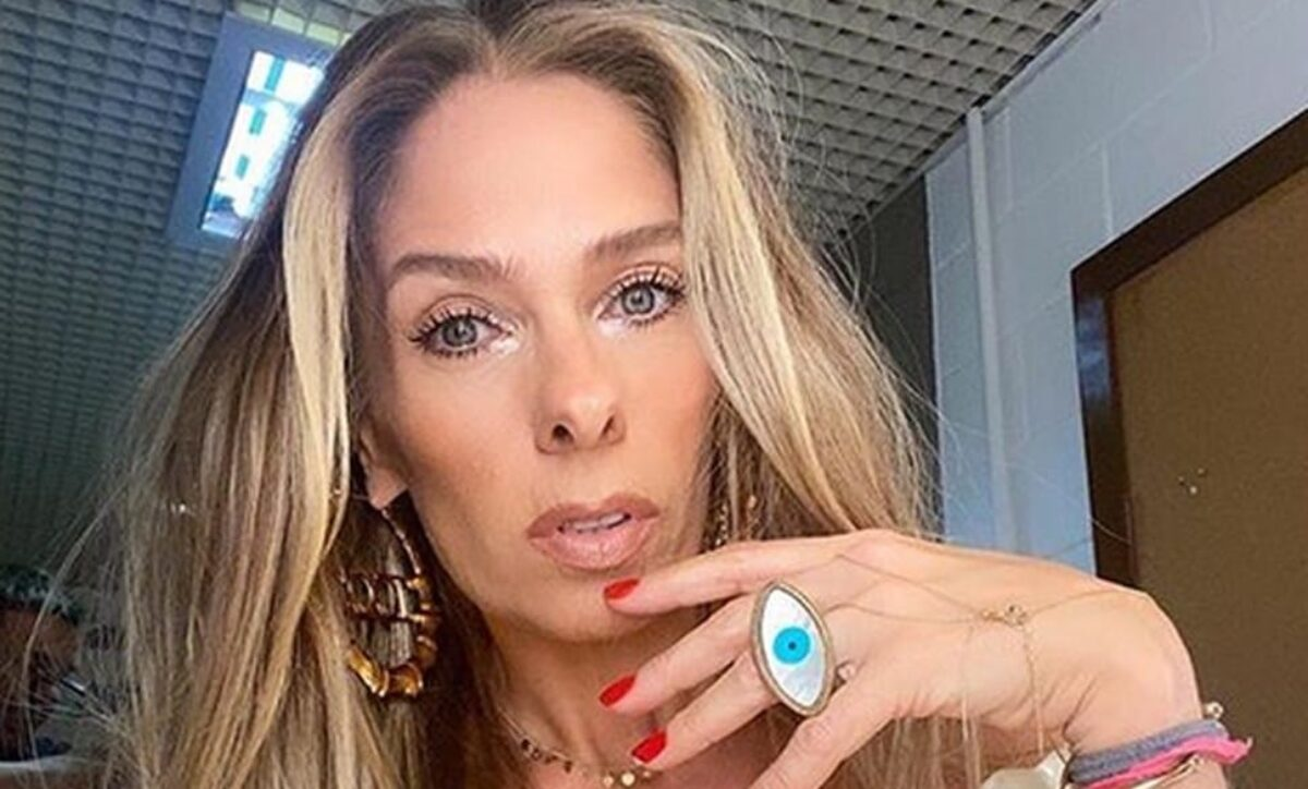 Após contato com Ratinho, Adriane Galisteu é barrada na Record | RD1