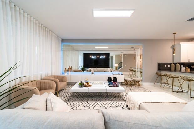 20201130 por dentro da  nova  casa de 500 m2  do jogador hulk em orlando na florida 16