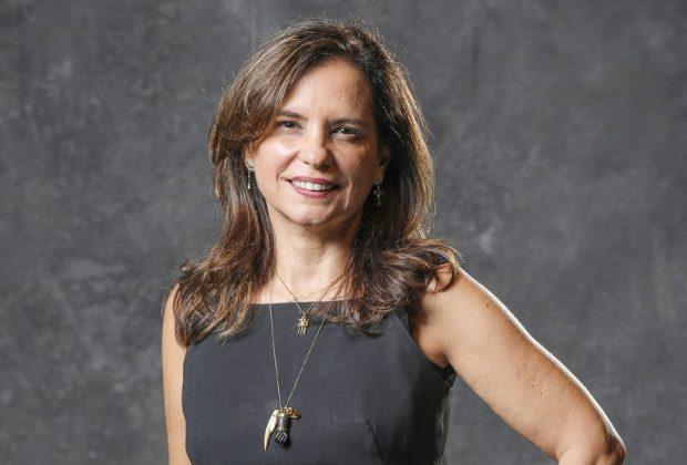Angela Chaves